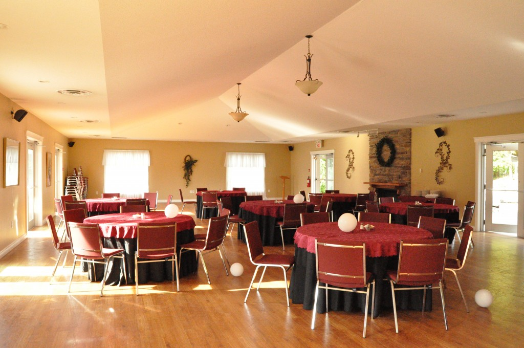 banquet hall seats upto 160 guests